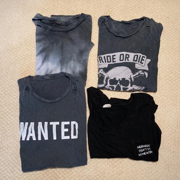 Bundle of 4 Brandy Melville/John Galt t-shirts